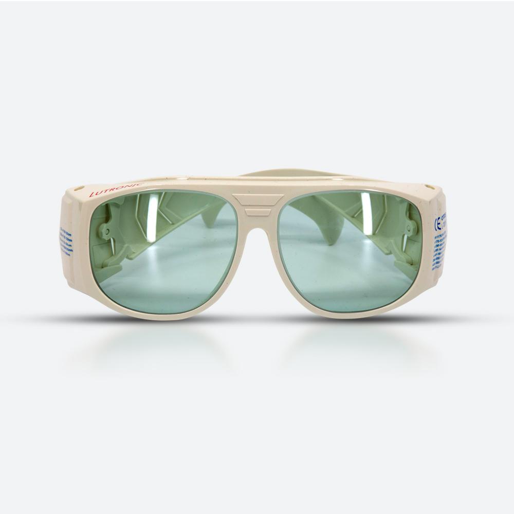 Fractional laser goggles